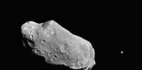 Гигантский астероид мчится к Земле на всех парах