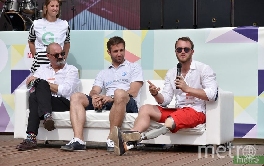Дмитрий Игнатов, справа. Фото Василий Кузьмичёнок