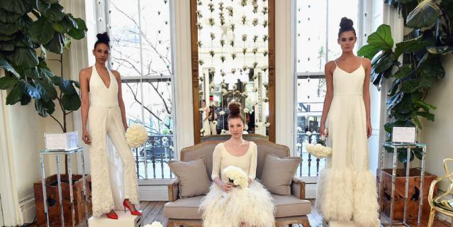 Сара Джессика Паркер представила коллекцию свадебных платьев.