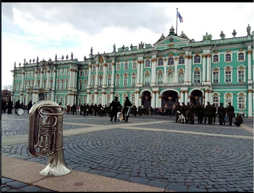 Репетиция парада на Дворцовой 24 апреля. Фото instagram.com/angelslinko