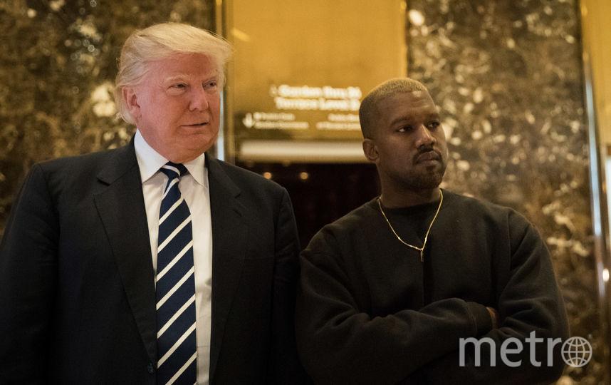 Американский рэпер Канье Уэст встретился с избранным президентом США Дональдом Трампом в небоскребе Trump Tower в Нью-Йорке в декабре 2016 года. Фото Getty