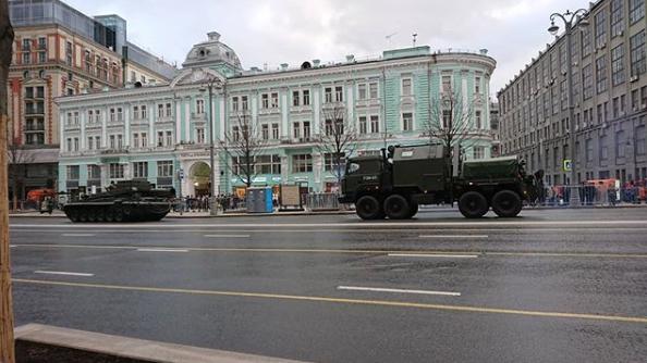 Бронетехника всегда вызывает интерес у москвичей. Фото https://www.instagram.com/shtulman007/