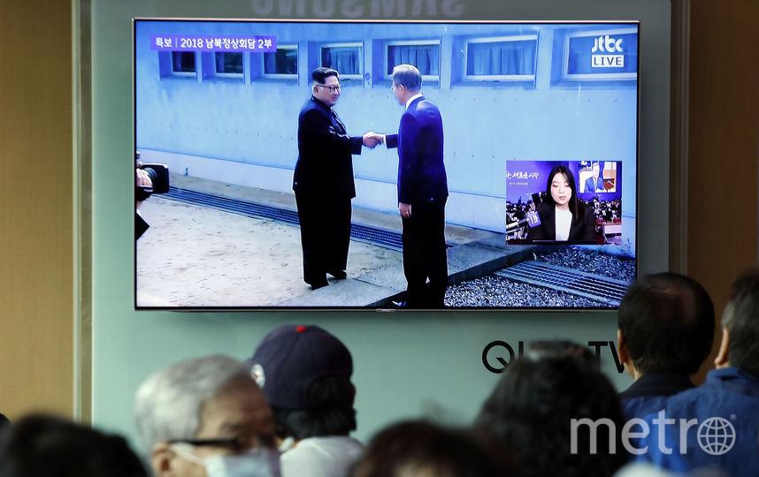 Ким Чен Ын стал первым северокорейским лидером, переступившим через военно-демаркационную линию.. Фото Getty