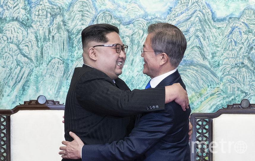 Ким Чен Ын отметил, что рассчитывает, что граждане Северной и Южной Кореи в будущем смогут свободно пересекать границу между обеими странами. Фото AFP