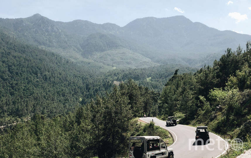 "Джип-сафари в горах. Фото Маргарита Лемешко., ""Metro"""