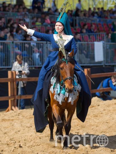 """В Средние века рыцари бы не справились без прекрасных дам. Фото Василий Кузьмичёнок, """"Metro"""""""