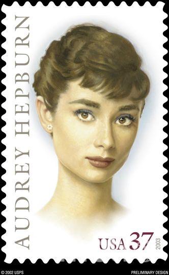 Одри Хепберн на почтовой марке. Фото Getty
