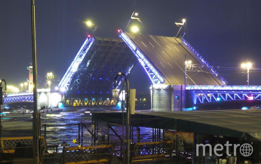 """Поющие мосты. Фото """"Metro"""""""