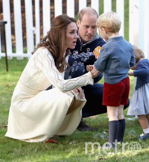 Кейт Миддлтон с детьми, фотоархив. Фото Getty