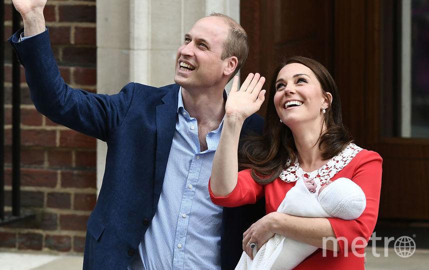 Кейт Миддлтон с новорожденным принцем Луи, фоторахив. Фото Getty