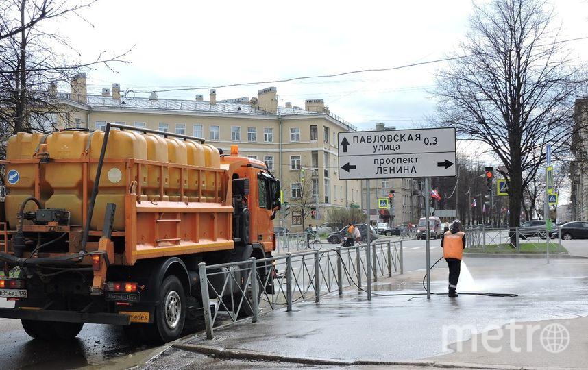 Сулиц Петербурга запервую неделю мая вывезли 700 тонн мусора