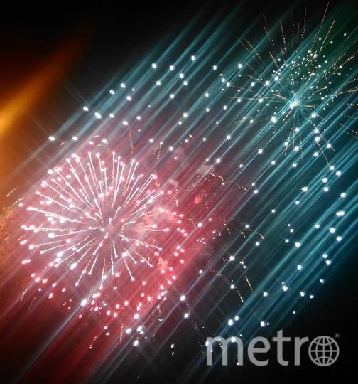 Праздничный салют в честь Дня Победы в Москве. Фото https://www.instagram.com/annastar_jewelry/