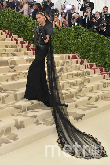 Белла Хахдид на модном показе в Нью-Йорке 7 мая. Фото Getty
