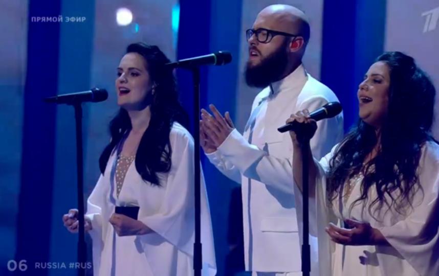 Бэк-вокал Юлии Самойловой, выступление во втором полуфинале Евровидения - 2018. Фото скриншот YouTube