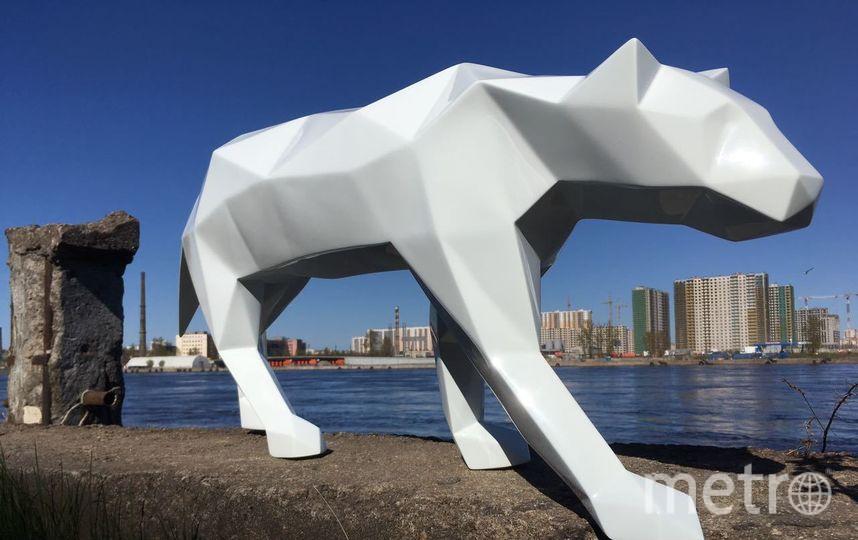 Работа скульптора Александра Трофимова выполнена из стеклопластика. Кот Ахилл станет частью композиции, посвящённой чемпионату мира по футболу. Фото предоставлено скульптором