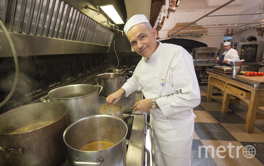 Подготовка к банкету в Виндзорском замке. Главный шеф-повар - Марк Фланаган. Фото Getty
