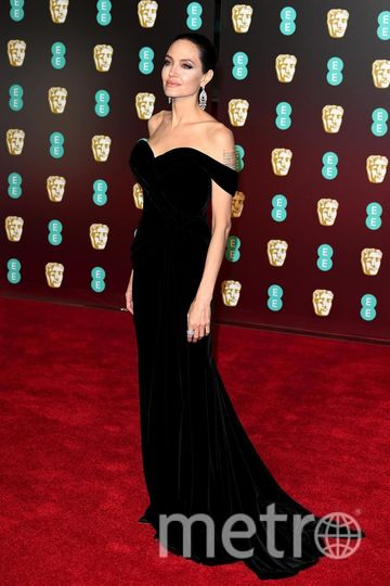 Наряд Анджелины Джоли на премии BAFTA-2018. Фото Getty
