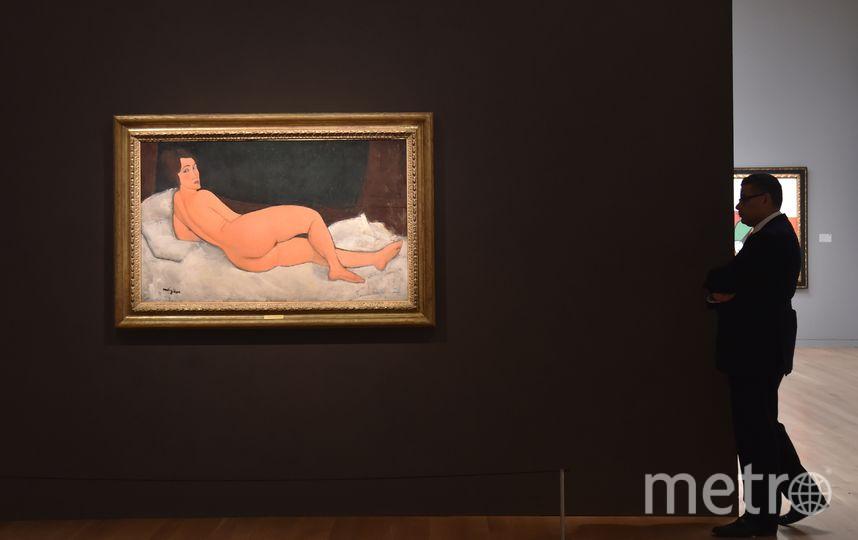 """Картина итальянского живописца Амадео Модильяни """"Обнаженная, лежащая на левом боку"""". Фото AFP"""