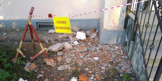 Обрушение балкона на Гражданском пр-те, 51.