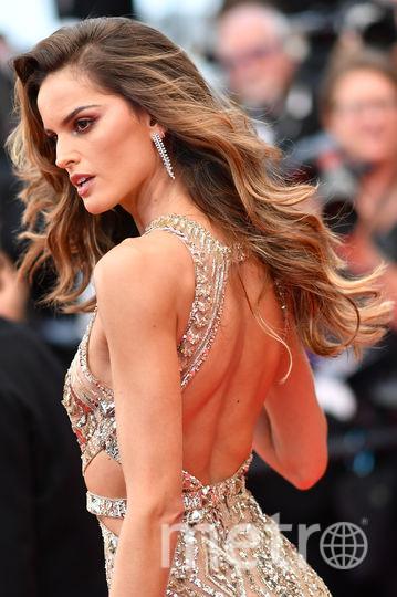 В шикарном платье предстала супермодель Изабель Гулар. Фото AFP
