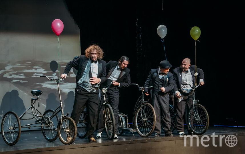 Театр Эстрады представит раритетный трехколесный велосипед.