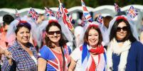 Свадьба принца Гарри и Меган Маркл: Британцы приветствуют молодожёнов