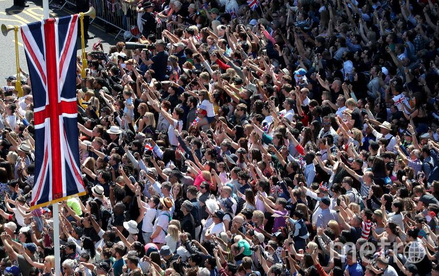 Британцы празднуют свадьбу принца Гарри и Меган Маркл. Фото Getty