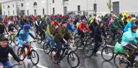 Более 30 тысяч человек приняли участие в Московском велопараде. Фото