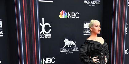 Премии, наряды звёзд и лучшие моменты Billboard Music Awards: фото