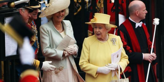 Королева Елизавета II на свадьбе у принца Уильяма и Кейт в 2011 году.