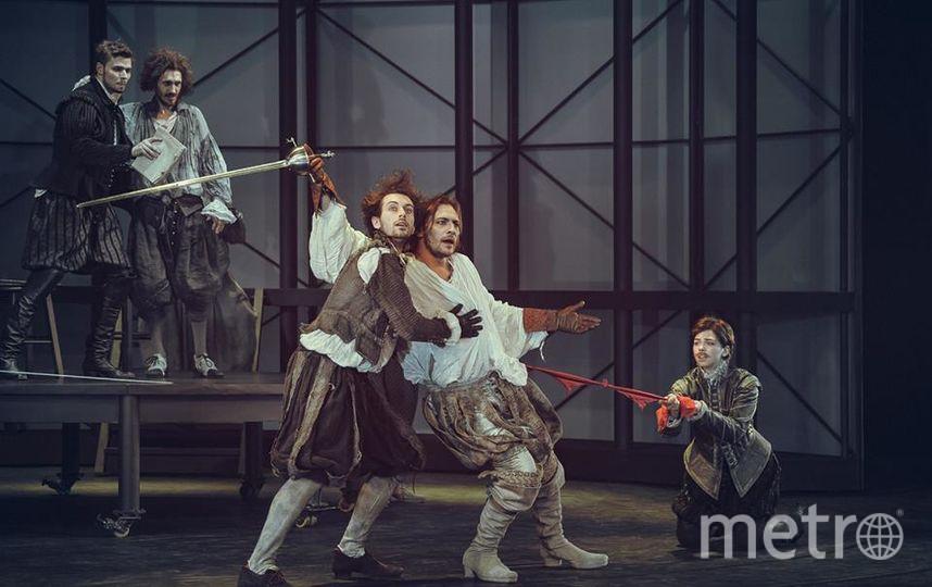 Cлева направо: Владимир Зиберев (Адам), Антон Феоктистов (Нед Аллен), Таисия Вилкова (Виола). Фото предоставлены пресс-службой театра