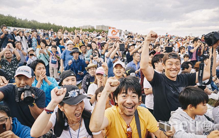 Японские фанаты готовы болеть за своего любимца. Фото redbullcontentpool.com , Предоставлено организаторами