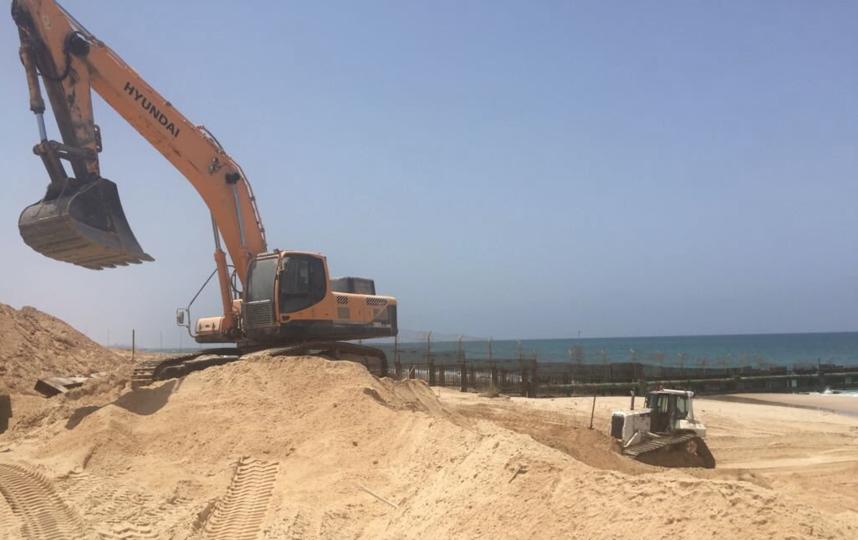 Израиль начал возведение морского заграждения вдоль границы с сектором Газа. Фото Twitter @MoDIsrael