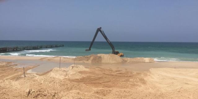Израиль начал строить морское заграждение на границе с Газой