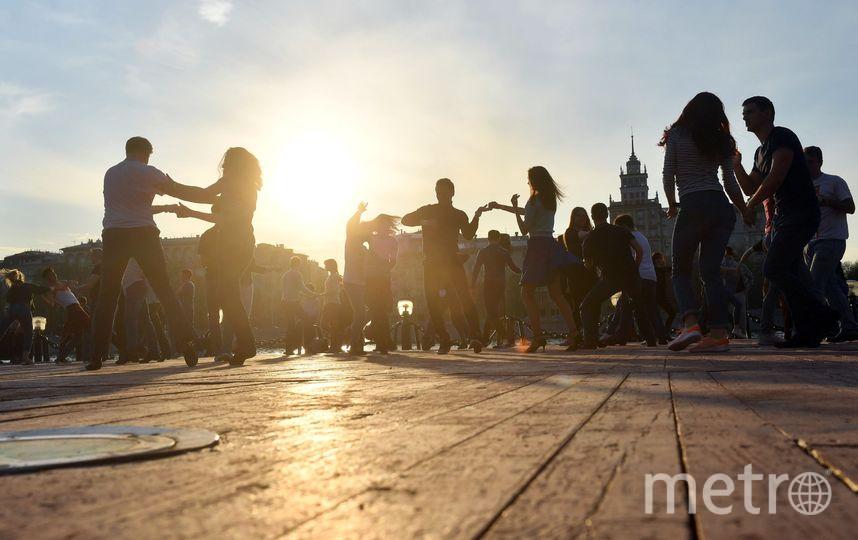 6 парков Москвы, где проходят бесплатные уроки танцев. Фото mos.ru