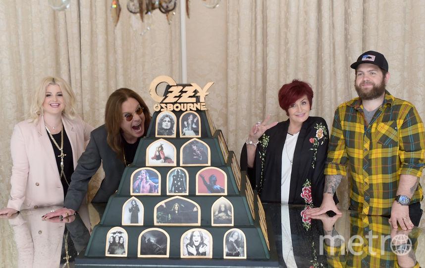 Оззи Осборн вместе с семьей. Фото Getty