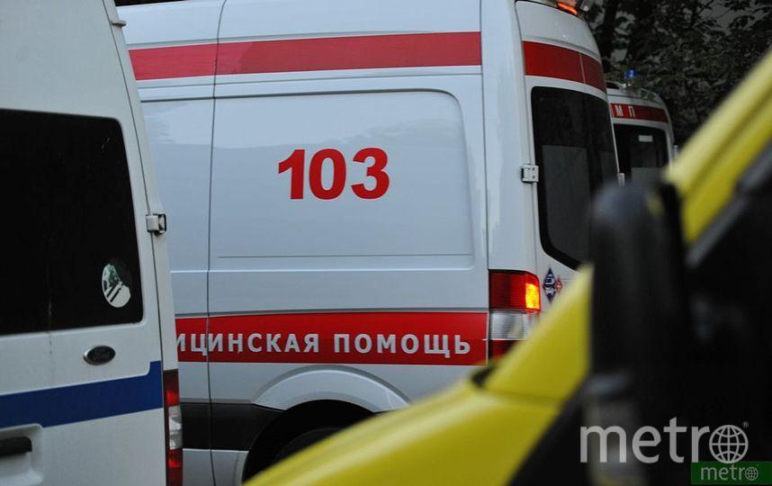 Бетонная плита упала на женщину в центре Москвы. Фото Василий Кузьмичёнок