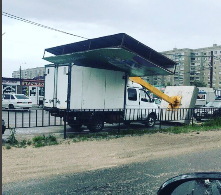Последствия урагана. Фото Сергей Хромченко / instagram.com/sergey.khromchenko