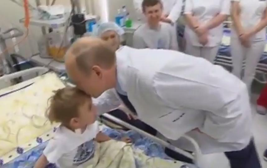 Путин навестил Савелия. Фото Скриншот YouTube/Россия 24, Скриншот Youtube