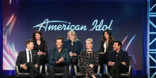 Шоу Americal Idol.