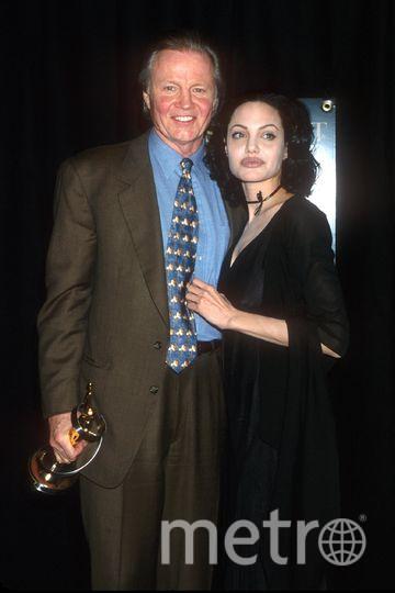 Анджелина Джоли с отцом. Фото Getty