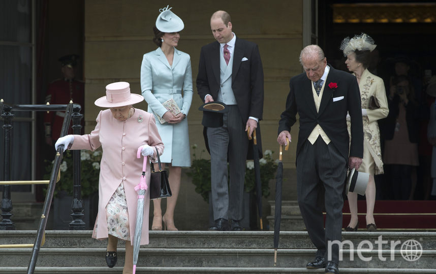 Елизавета II с супругом, принц Уильям с Кейт Миддлтон. Фото Getty
