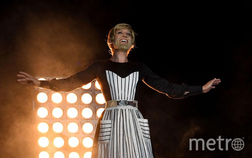 """Кончита Вурст на благотворительном вечере """"Бал жизни"""". Фото AFP"""