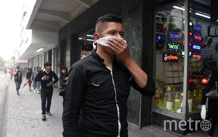 Пепел опустился и на столицу страны – Гватемалу. Фото AFP