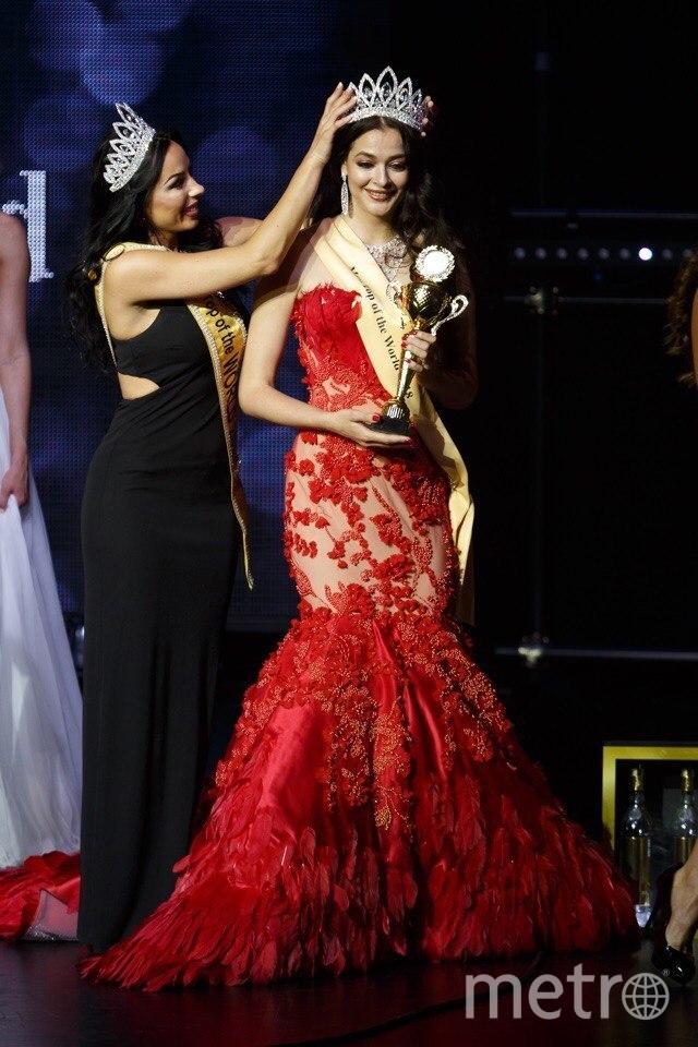 Анна Пеева-Туницкая на конкурсе красоты в Риге. Фото предоставлены организаторами