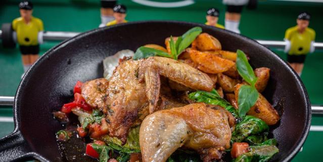 Цыплёнок по-неаполитански для Лионеля Месси.