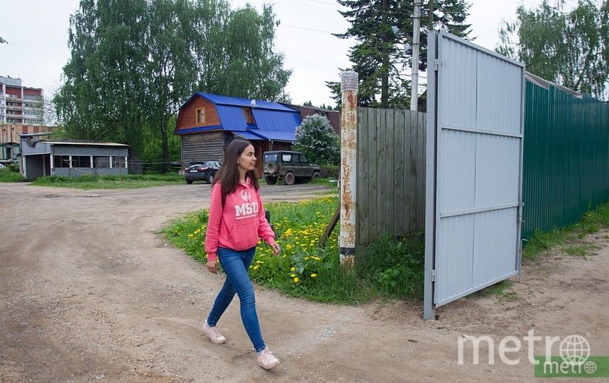 В первую очередь ремонт будет проводиться на дорогах вблизи крупных дачных посёлков, а также дорогах, находящихся в плохом состоянии. Фото Василий Кузьмичёнок
