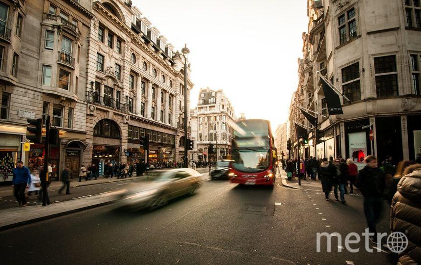 Первый в городе бесплатный экскурсионный автобус будет курсировать по Приморскому району. Фото Pixabay.com