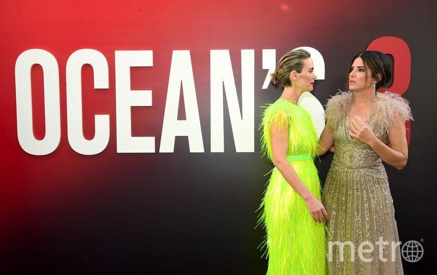 """Премьера """"Восемь подруг Оушена"""" (Ocean's 8) в Нью-Йорке. Сара Полсон и Сандра Буллок.. Фото Getty"""