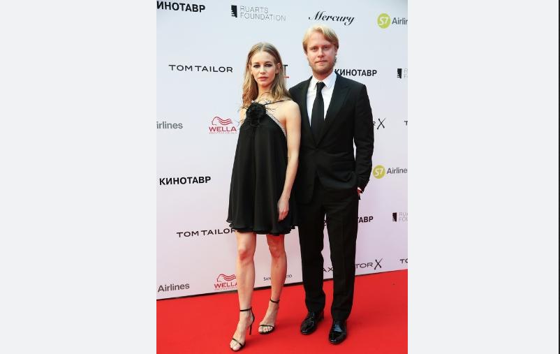 Светлана Устинова и Илья Стюарт. Фото kinotavr.ru